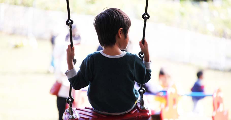 比起外向性格的人,內向孩子情緒更為冷靜淡定,加以開發就能發揮潛在的人際敏感度和藝術特質