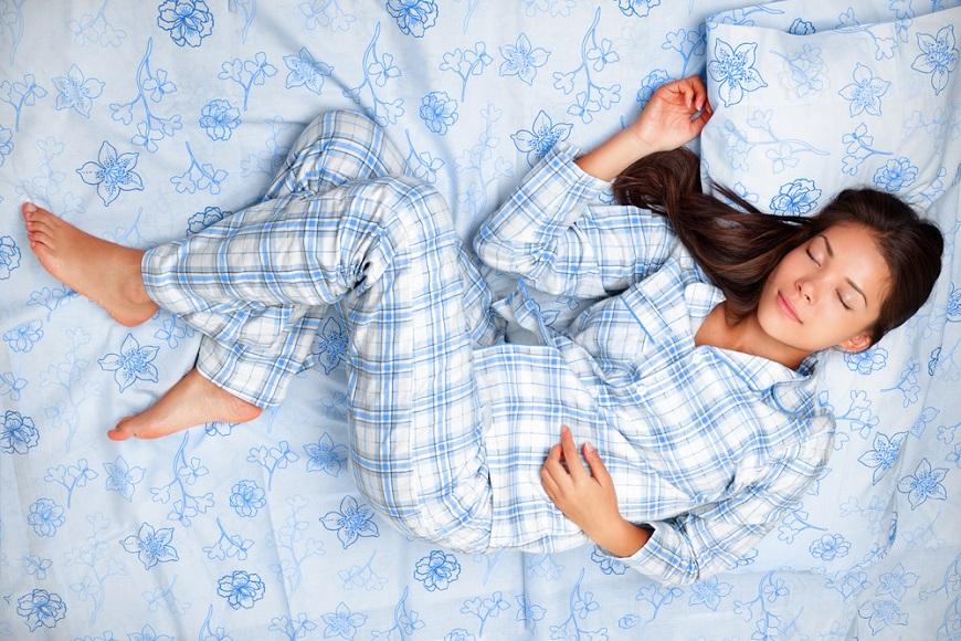 日本研究:別再只穿居家服睡覺,睡衣決定睡眠品質!怎麼挑?