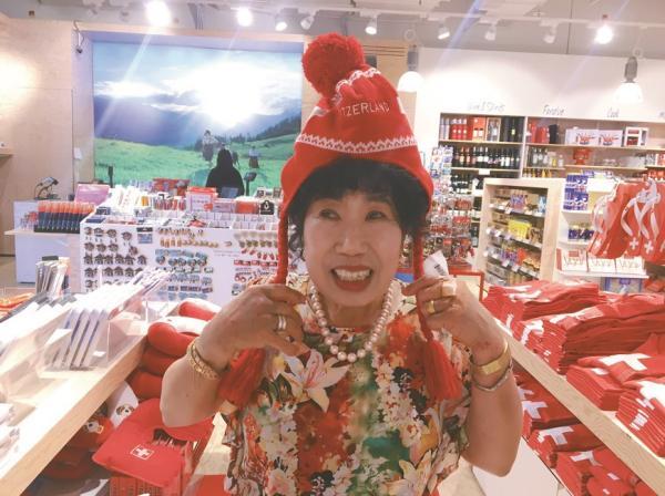 被判定快失智?70歲百萬網紅韓國阿嬤:勇闖世界和它拚了!5句話爽快做自己
