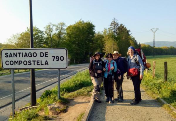 彭菊仙專欄 50歲後我出去一下!不做媽媽、太太、媳婦的799公里找自己之路