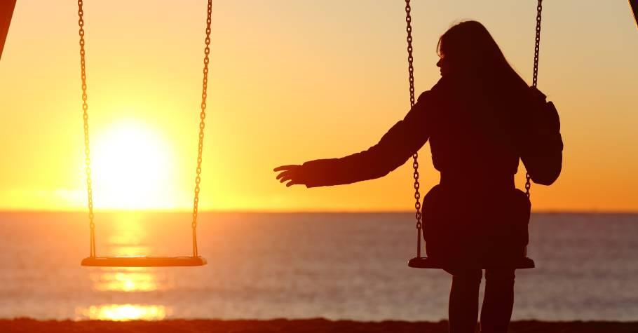 越悄無聲息的告別,越讓人痛徹心扉;珍惜眼前的一切,你永遠不知道,無常和明天,哪一個先來到。