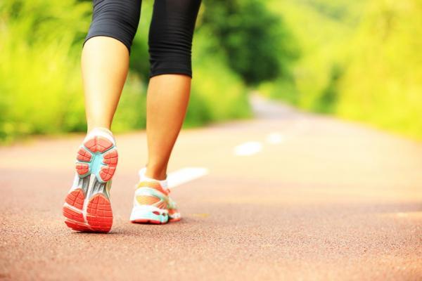 早晚運動結果大不同!早上運動可防癌,走路就有效