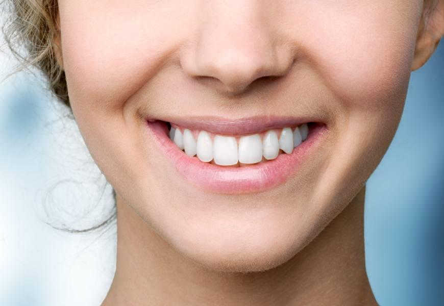 如何讓拍照更上相?齒顎矯正專科醫師:好看笑容的3個元素