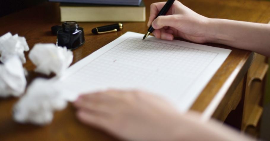 作文力養成1 》蔡淇華:考場敗作最大原因是邊寫邊想!先別急著下筆,靠三招「對比法」破題,出奇制勝!