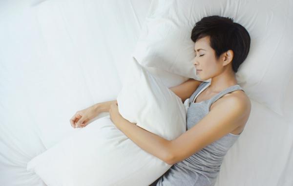 醫師:更年期後女性易打呼!小心3徵兆,誘發心血管疾病