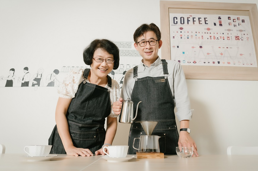 退休不無聊!「咖啡師」成為熟齡夢想新工作,專業又能分享人生滋味