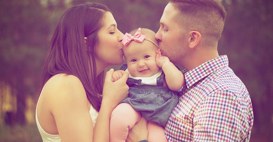 雖然說孩子是父母最甜蜜的負擔,但從寶寶來到世界上的那一刻起「我們的快樂加倍!」