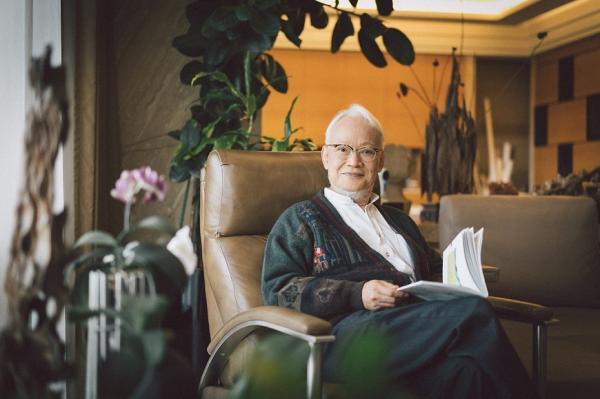 23歲就被醫生說活不久!71歲劉墉:有一分氣,就欣賞世界一分的美