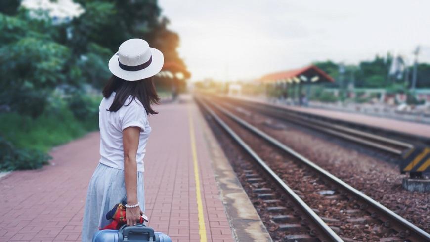 不斷向前的人生列車 張曼娟:不憂傷往日,不焦慮未來,此刻最珍貴