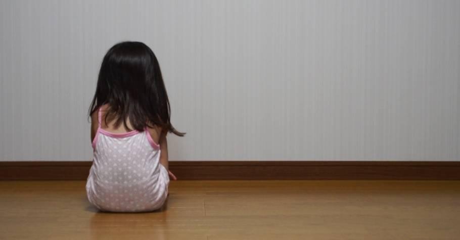 日精神科名醫:「孩子主動親近父母被拒,容易養成乖僻性格,長大後恐產生具攻擊性的異常心理。」
