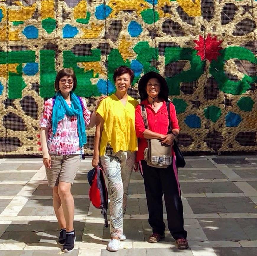 如何用旅行開場特別的同學會?63歲姐妹淘的西葡背包客壯遊