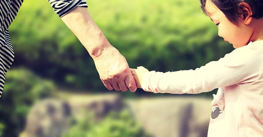 孩子的安靜並不是缺陷,別再要求他表現外向,而是幫助他擁抱自身天性並追求成功
