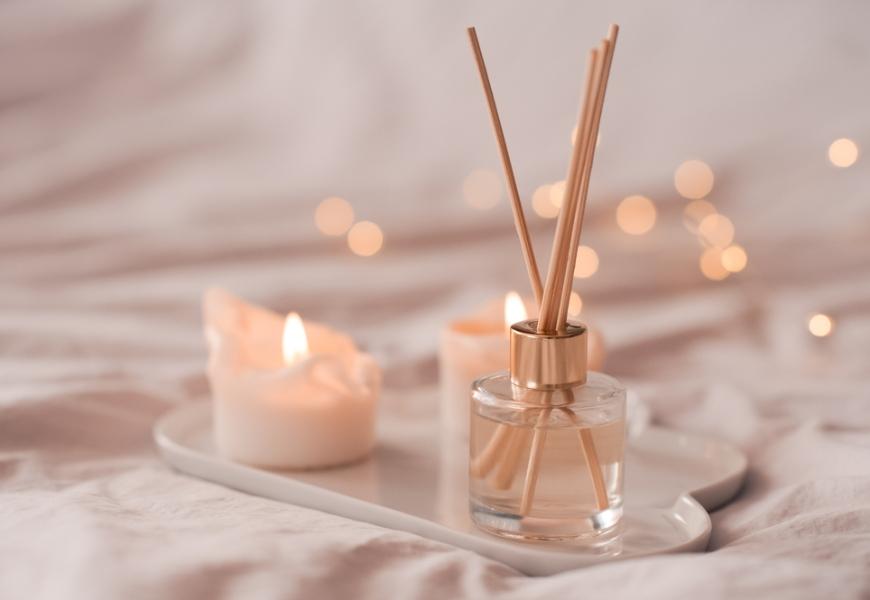 每天都在家,如何避免大腦過度疲憊?調香師梨鹿:選對香氣,劃清平日和假日的界線