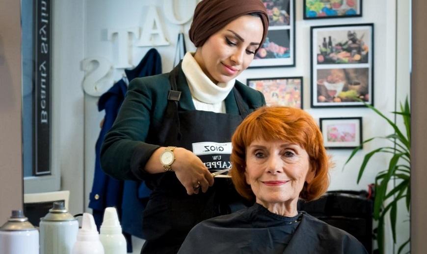 【荷蘭怎麼老】為何失智者愛去髮廊?「眼神」是種很好的安撫
