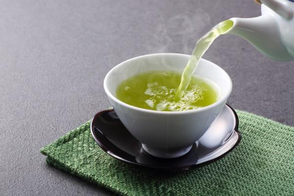 好精神與茶有關!99歲中醫的脾胃養生法:早上綠茶,午晚喝什麼?