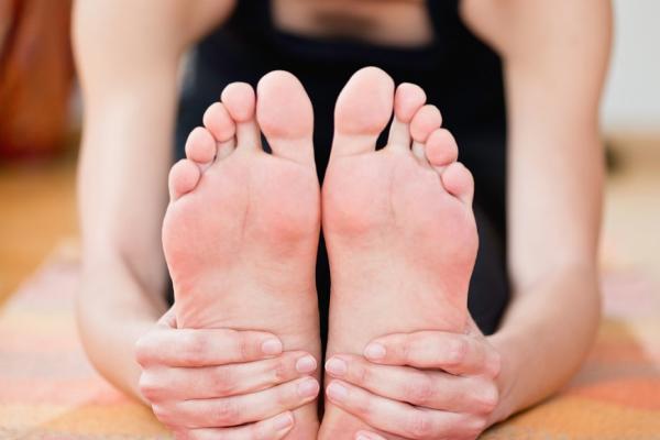 醫師:腳是第二心臟!每天5分鐘這樣動腳趾,幫助延緩老化