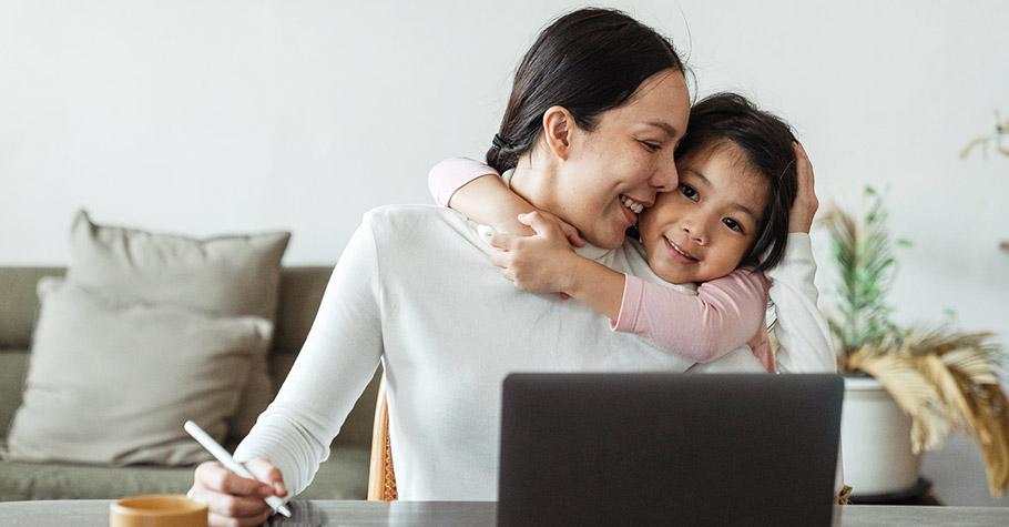 孩子對媽媽的愛,就是他們一生的「初戀」是為了跟媽媽說我最喜歡她,才生下來的