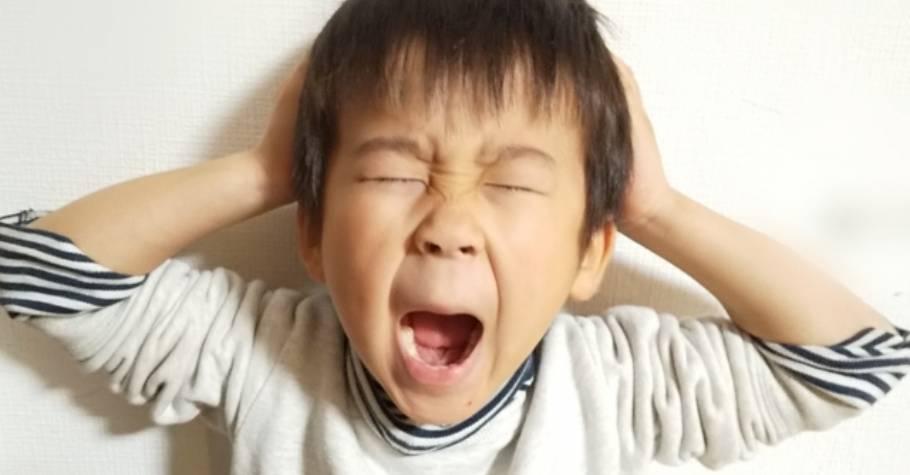 小孩一不開心就發脾氣!爸媽不用反應過度,多察覺孩子當下的需要,給予孩子反思自己行為的機會