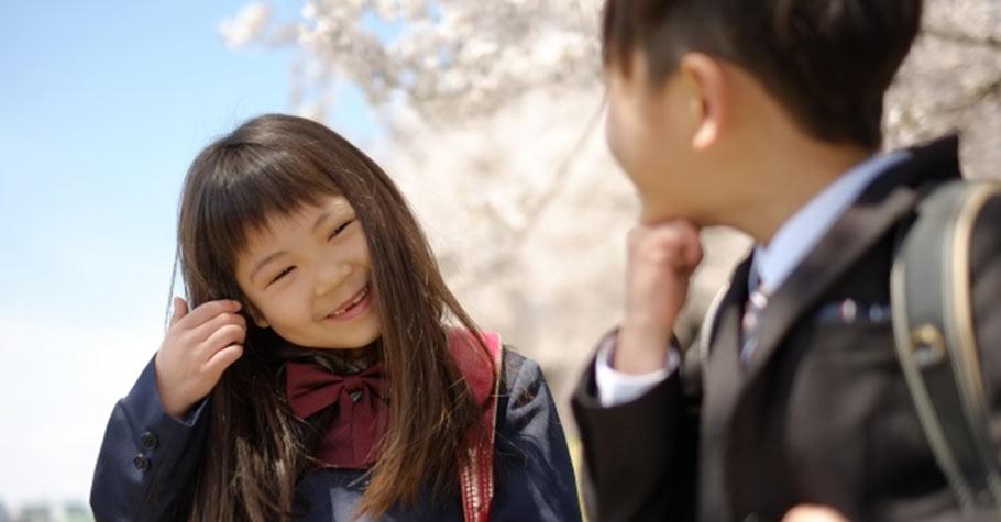 學生可以談戀愛嗎?爸媽要清楚:這是孩子成長過程中必須走過的軌跡,及必然留下的回憶,我們要做的是教他們保護自己