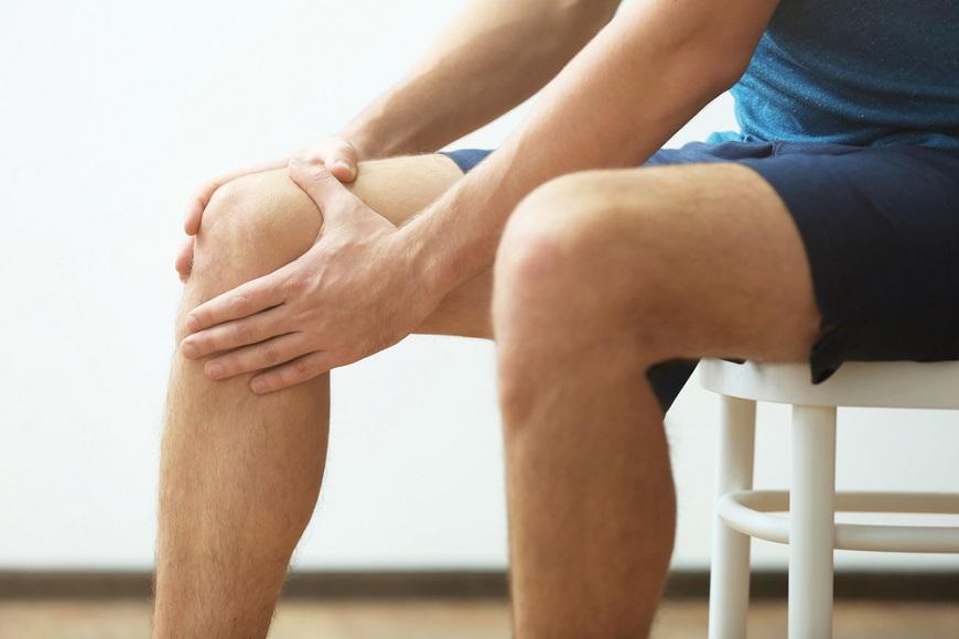 改善膝蓋痛與腰痛!專家:每日刺激一下「膝窩」,減輕膝蓋與腰的負擔