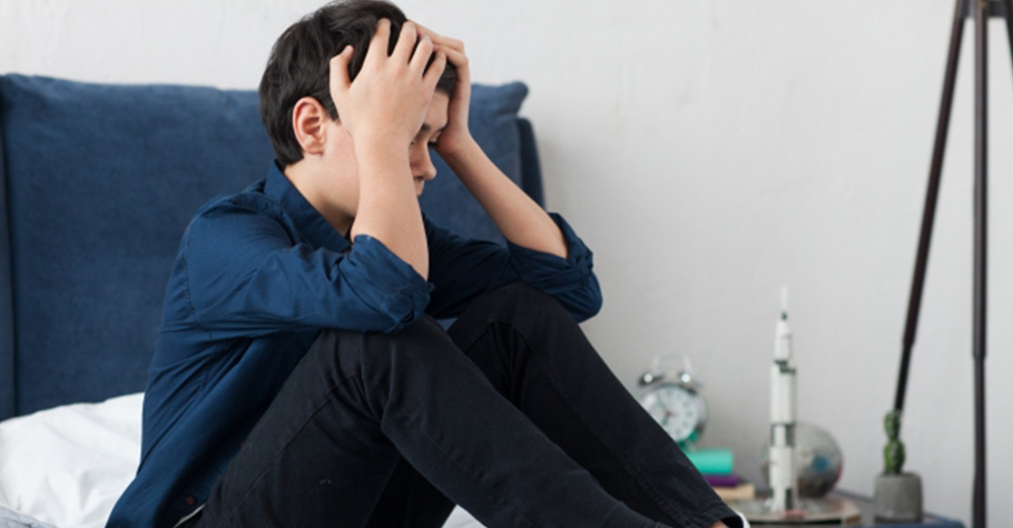 青少年問題總是讓父母頭痛難解?愛是所有問題的終極解方,而情緒的關照則是愛的重要核心