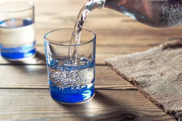 你的個性,易導致荷爾蒙消耗嗎?醫師:從一杯水練減壓,預防老後腦疲勞