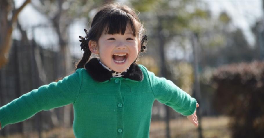 父母把小孩愈養愈小?政大幼教所長李淑菁:「寶教育」是台灣社會發展最大的隱憂!「野放」長大的孩子,生命力比較強韌