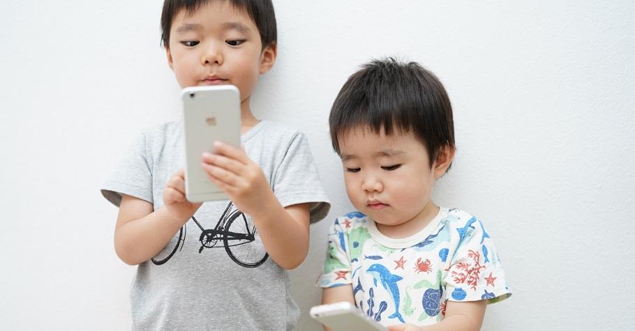 「如果你想害孩子,就拿玩手機給他當獎勵。」王宏哲給3C世代父母的6個教養建議