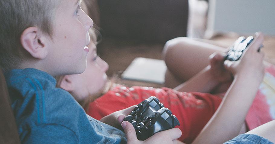 該不該禁止過動兒上網?這類遊戲是過兒的最愛,家長不可不謹慎看待!