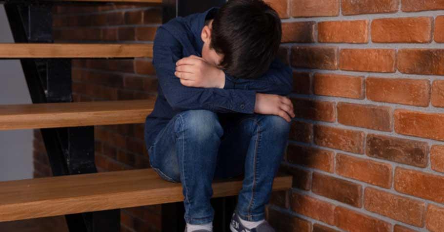 諮商心理師胡展誥:兒時老師賞的一記耳光;讓我希望每個孩子,都有機會被理解、被擁抱