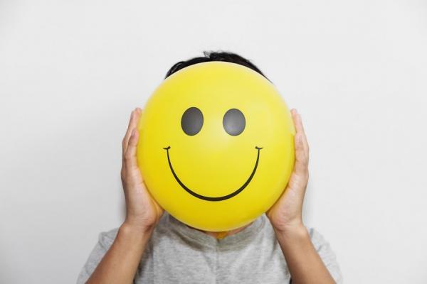 好心情來自內分泌!6個生活習慣,幫腦增加3種「幸福荷爾蒙」
