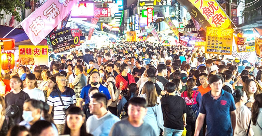 國際疫情快速升溫、台灣報復性出遊四起!若持續鬆懈,台灣還能維持多久?知名醫師:我很悲觀