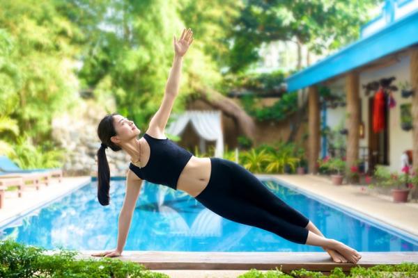 運動時易漏尿,怎麼辦?中年女性做4件事預防,健身更自在