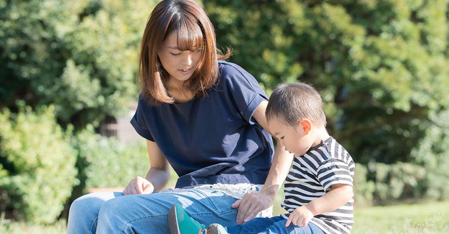 為甚麼孩子總是分心,不專心聽我說話?專家給3個建議讓我們與孩子的溝通更加順暢