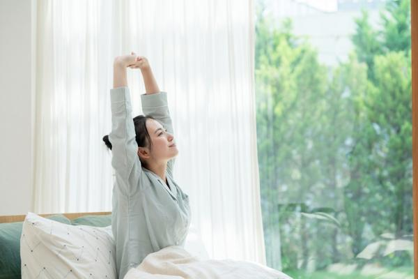 半夜經常醒來怎麼辦?避免3種不良睡眠習慣、養成定時定量的「睡眠限制法」