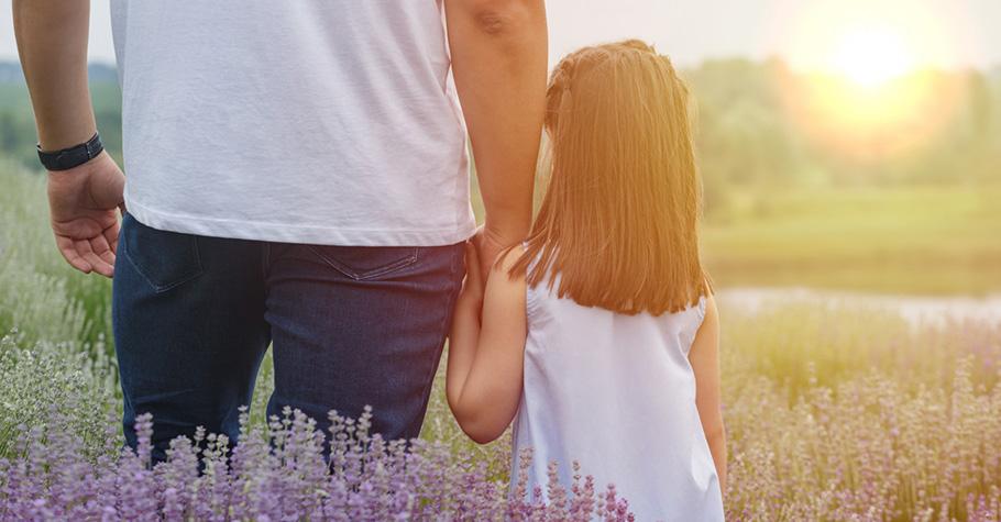 父母不要跟孩子說「不要害怕」,我們可以說的是「我在這裡陪你,我們一起度過,我相信你……」