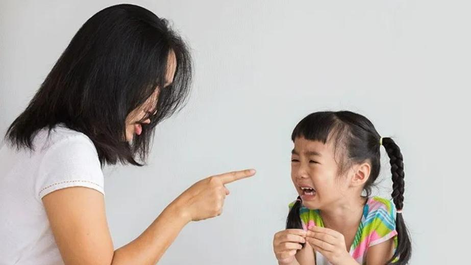 很愛孩子卻忍不住發怒?大樹老師:與其事後道歉,不如謝謝孩子,沒有因為我們生氣就不愛我們