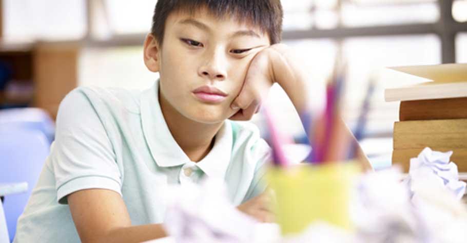 孩子不會讀書,成績不好,要逼嗎?父母可以怎麼引導他?