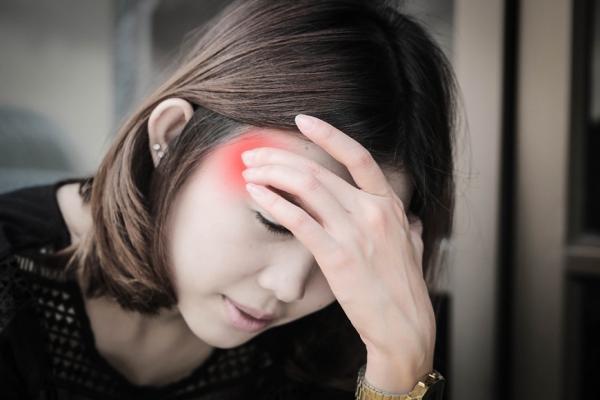 頭皮僵硬代表「腦疲勞」!馬上做4個動作,提高大腦供氧量