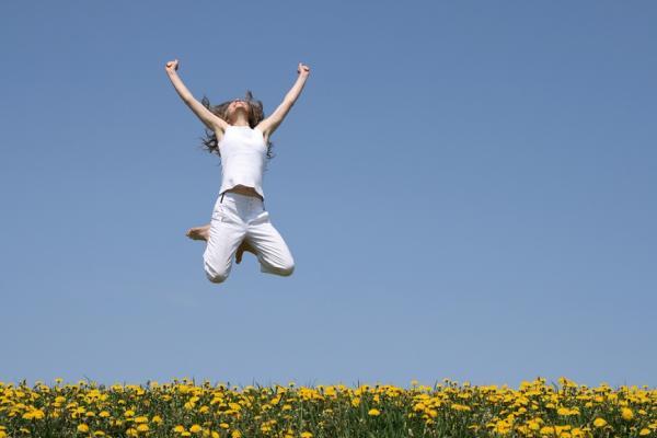 47歲是人生「幸福指數」反彈關鍵!中年危機的應對,決定老年快樂與否