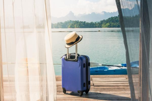 丁菱娟專欄|不能出國,換個方式旅行!不累不擠,超適合熟齡的「宅度假」