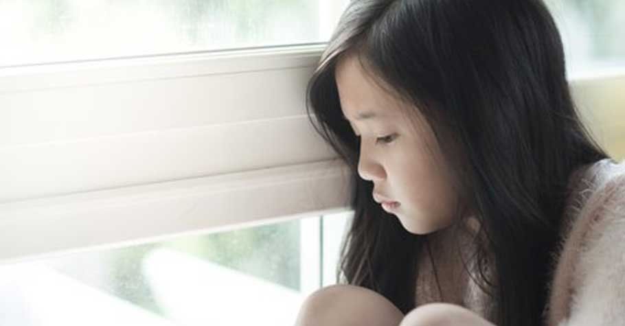 「生而為人,我很抱歉。」  因緘默症從小被罵「A狗欸」的女孩,診間的悲痛陳述