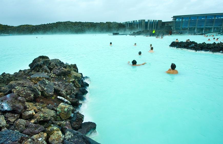【梁旅珠專欄】一生一次冰島行!最美藍湖溫泉:體會心靈的冰與火