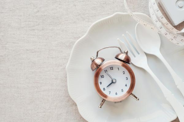 林靜芸專欄|三餐重新定義!注意用餐間隔時間,減少癌症、心血管疾病機率