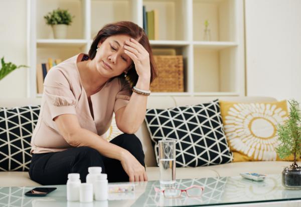 長時間待在家老得快?沒勁、體重變輕,留意6警訊防衰弱症上身