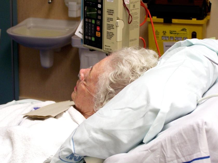FreeImages_elderly-hospital-patient-1437289