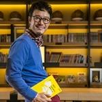 中天新聞《名人牀頭書》:暢銷作家劉軒相信閱讀、助你好運