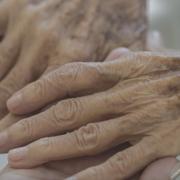 面對父母老去的勇氣:讓我們都能夠好過一點